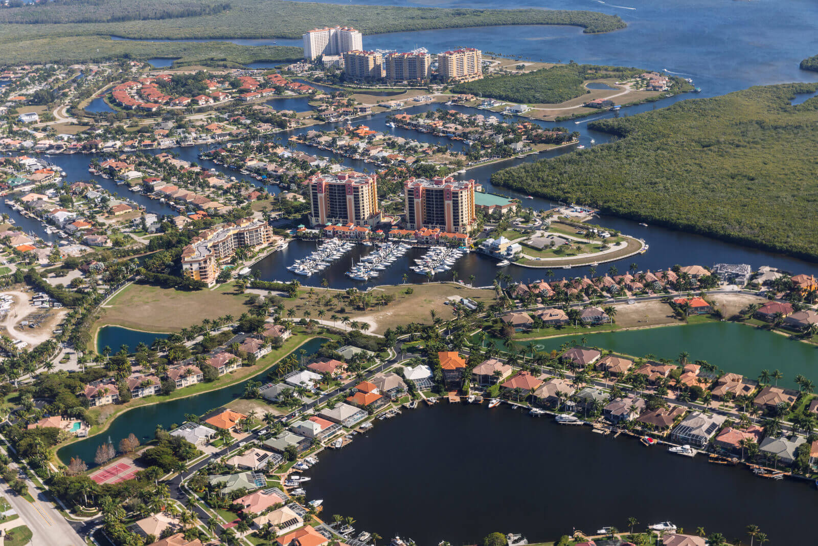 Cape Coral, in southwestern Florida, has many options for drug and alcohol rehabs.